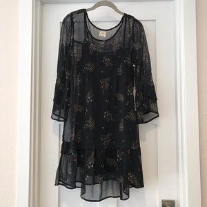 Dresses & Skirts - O'Neill • Dress • Size Medium